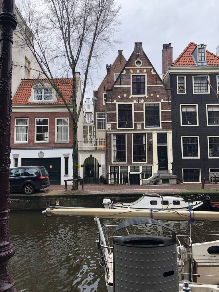 Typical amsterdam house by the canal